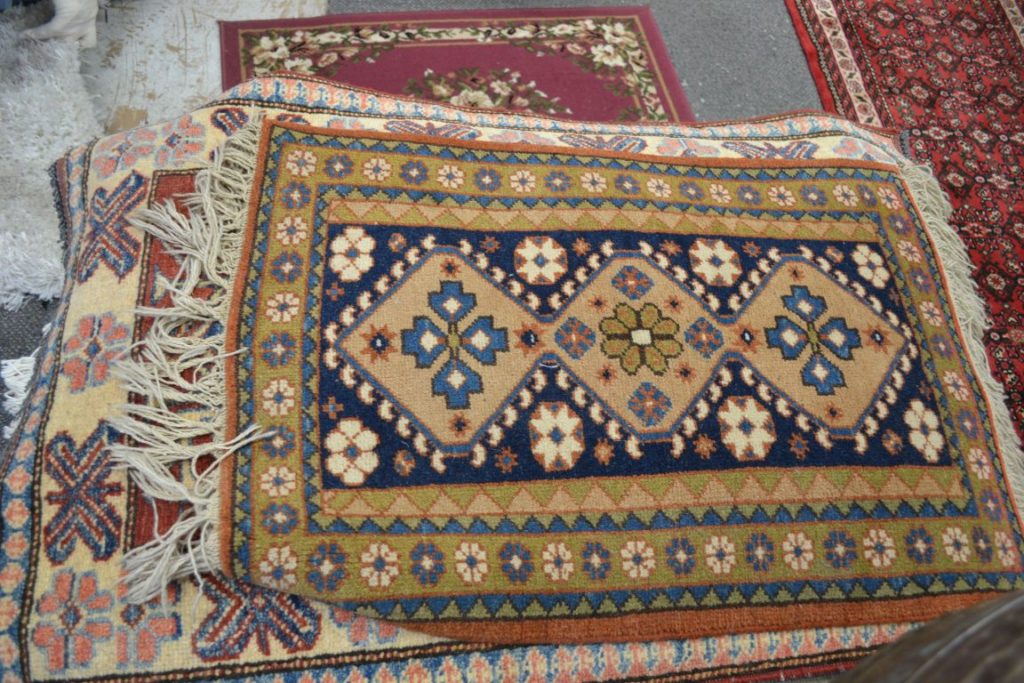 The History of Rug Furniture Decor